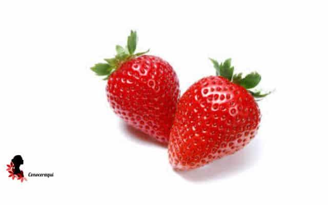 blanquear los dientes con pulpas de fresas